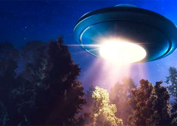 Captan supuesto OVNI durante transmisión en vivo de TV (Video)