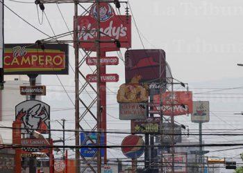 Reanudan operaciones 14 restaurantes más