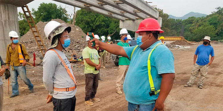 Avanzan construcción del puente sobre el Rio Chiquito en Orocuina