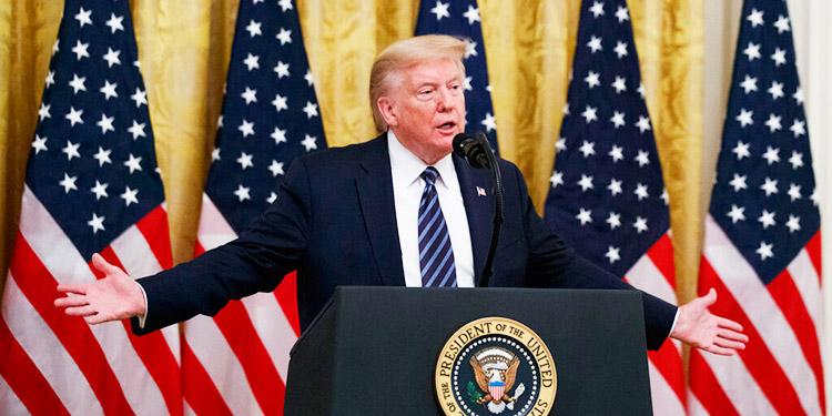Trump dice que la 'incompetencia' de China provocó 'una matanza mundial'
