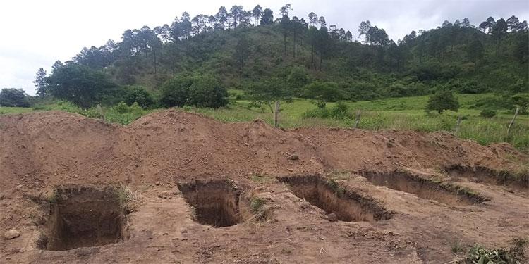 Las víctimas de COVID-19 en Danlí serán sepultadas en el cementerio conocido como Loma Panda, donde ya están listas las fosas.