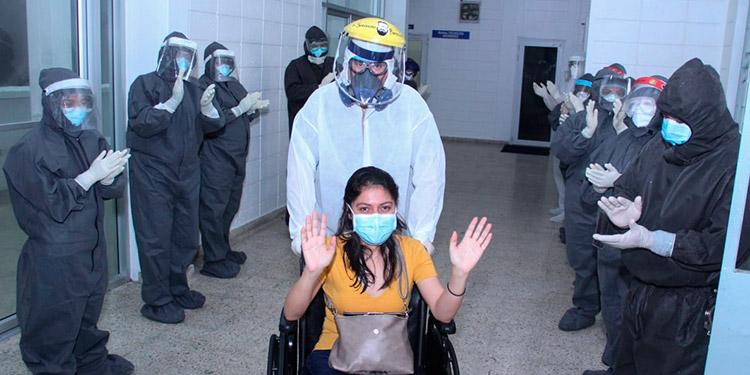 Canciller Rosales No existe colapso en el sistema de Salud