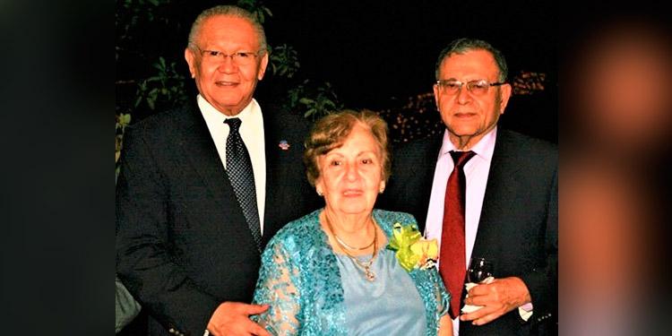 Juan Ramón Martínez, María Manuela y Dagoberto Espinoza Mourra.