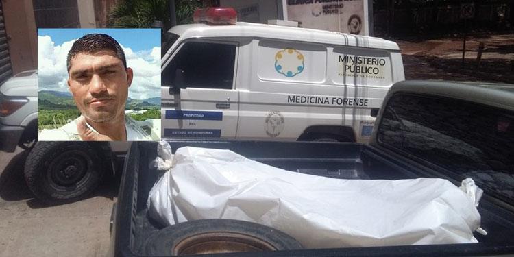 El cuerpo del soldado Carmen de Jesús Flores Flores (foto inserta) ayer mismo fue trasladado a la morgue capitalina para la respectiva autopsia.