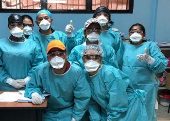 Bajo protocolo sanitario reciben en SPS a familias deportadas