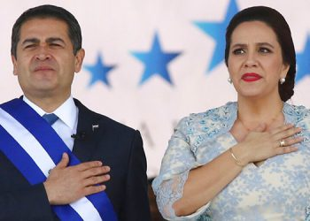Presidente de Guatemala se solidariza con Hernández
