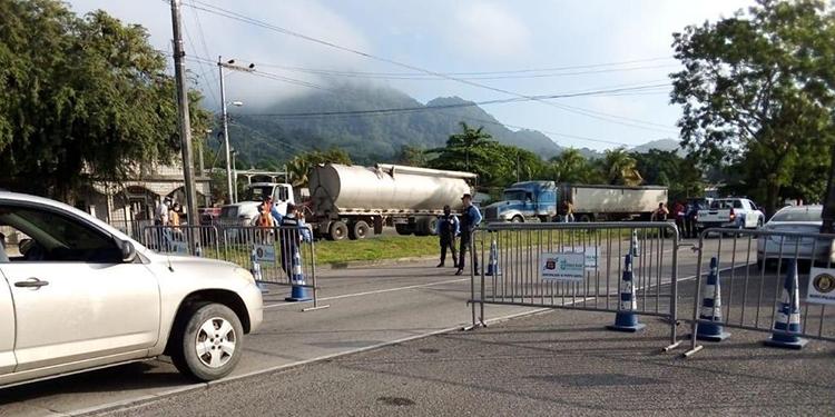 Los retenes estarán en todas las entradas a La Ceiba y no se dejará que la gente circule, si no le toca ese día.