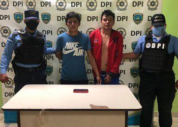 A Jorge Humberto Rodríguez Ferrera y Anuar Edgardo Madrid se les preparó expediente investigativo por la comisión del ilícito flagrante de robo.