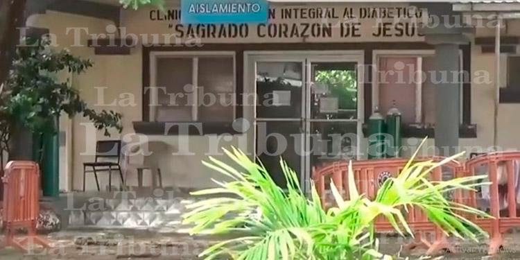 Muere paciente sospechoso de COVID-19 en sala de aislamiento en San Lorenzo Valle