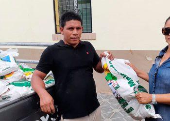 Productores reciben semilla de frijol