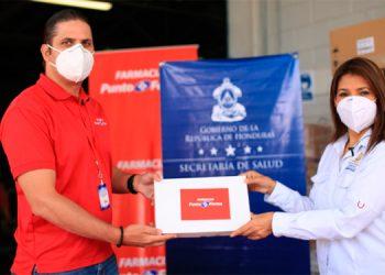 Salud recibe de Punto Farma lote de medicinas para tratar a 13 mil pacientes