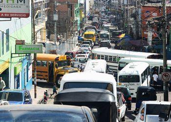 Seguridad anuncia restricción de la circulación vehicular por pandemia