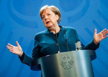 """Angela Merkel denuncia el """"asesinato"""" racista de George Floyd en EEUU"""