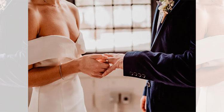 Se divorcia a los dos días de haberse casado al enterarse que su esposa era hombre