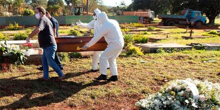 Brasil pasa los 39000 muertos por coronavirus y casos se acercan a 780000