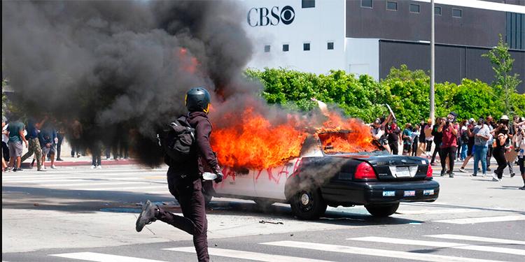 Arrestan a extranjeros pagados para causar caos en protestas de EEUU