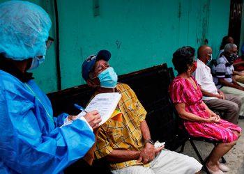 Científico hondureño: aumento de casos de COVID-19 es gravísimo