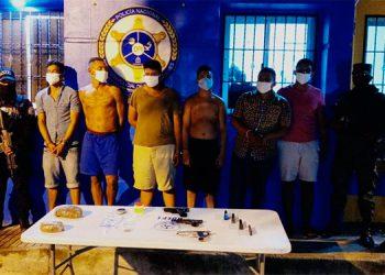 Detienen a seis supuestos integrantes de banda delictiva en La Ceiba