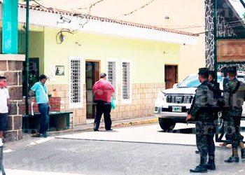 Hospital El Tórax reporta la muerte de tres sospechosos de COVID-19