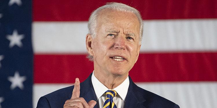 Biden aventaja en 14 puntos a Trump en carrera a la Casa Blanca
