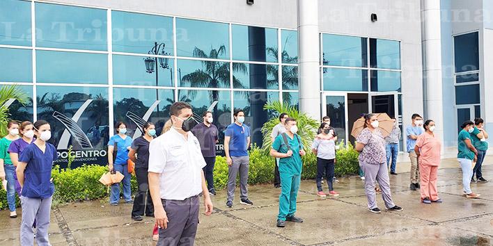 Más de 450 enfermeras auxiliares dan positivo por COVID-19 en la zona norte