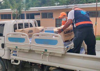 Copeco entregó 12 camas al Hospital General del Sur para la Sala COVID-19.