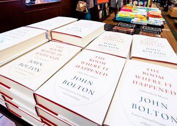 El libro de Bolton retrata la confusa política de Trump hacia Venezuela