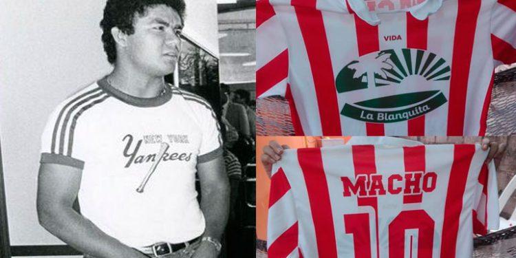 """En La Ceiba ya venden réplicas de camisas del """"Macho"""" Figueroa"""