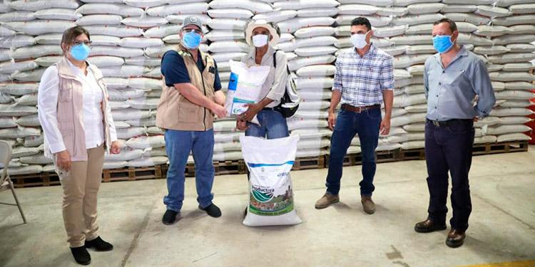 Con asistencia técnica del IICA Desarrollan exitosa estrategia de apoyo al agro