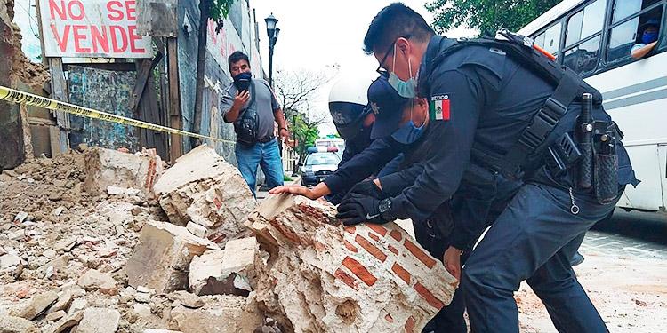 Se eleva a cuatro el número de muertos por sismo en México (Video ...