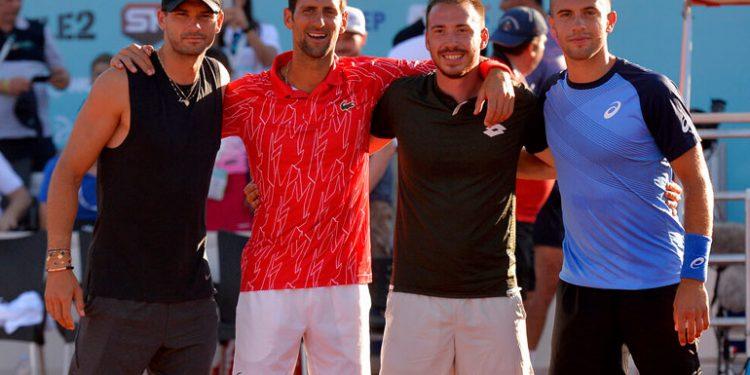 Padre de Djokovic responsabiliza a Dimitrov por contagios