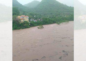 Así se encuentra el río Goascorán esta mañana (Video)