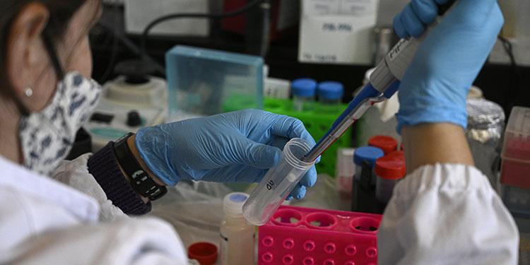 Reto de vacuna contra COVID-19 será producción masiva