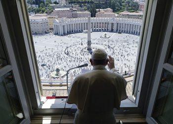 Lanzan VatiVision, la plataforma bendecida por el Vaticano que se inspira en Netflix