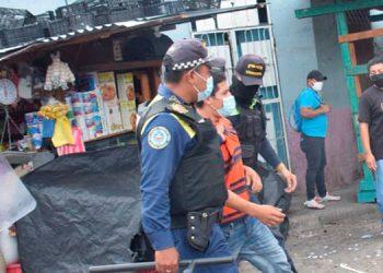 Vendedores ambulantes piden permiso para laborar en centro histórico