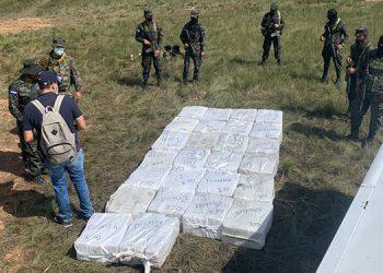 Incineran 1018 kilos de cocaína incautados en La Mosquita