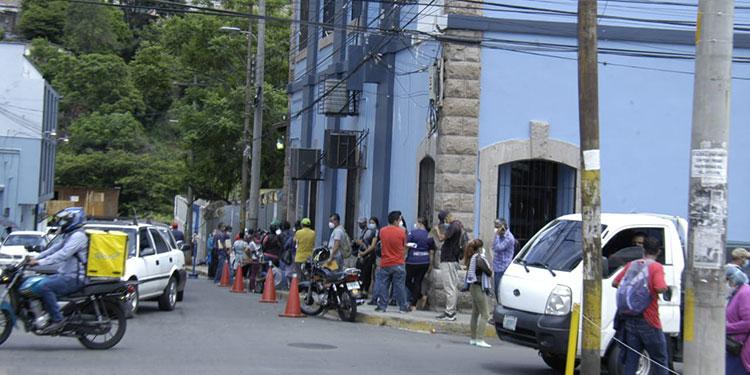 Bajan contagios en la capital y Puerto Cortés