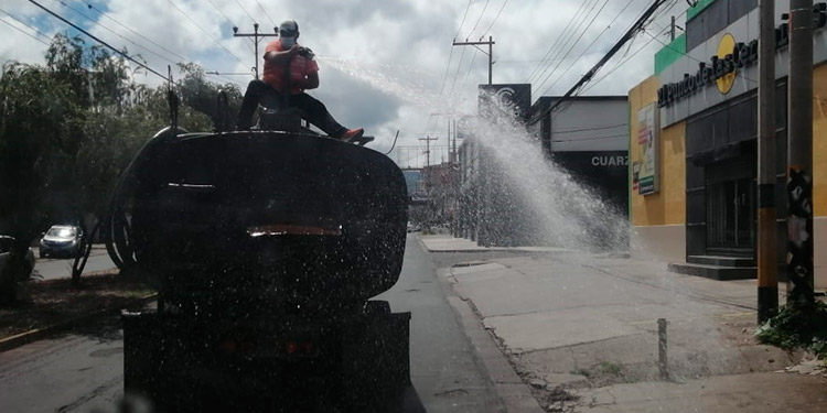 Alcaldía desinfecta más de 170 zonas capitalinas