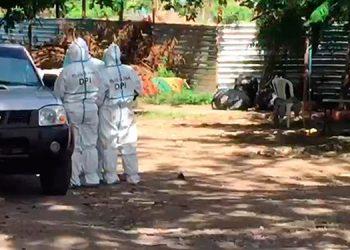 Agentes de la DPI llegaron a indagar al hospital sobre el proceso de entrega de cilindros de oxígeno por la empresa Infra.