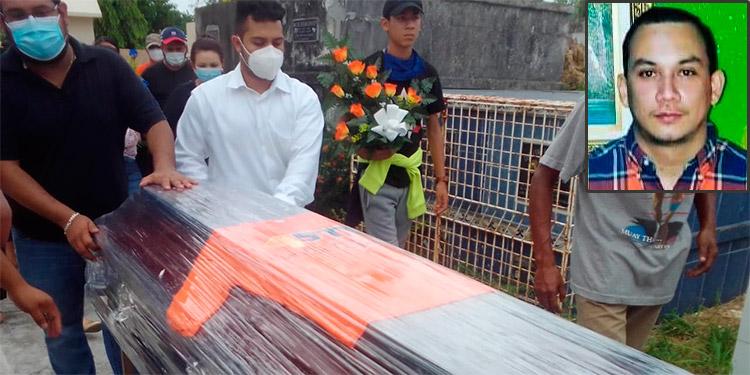 Impotencia y tristeza en entierro del camarógrafo Jorge Posas