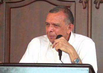 Expresidente Lobo contento con libertad de Rosa Elena Bonilla