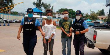 A los detenidos se les sindica de ser unos de los distribuidores de drogas en el barrio Villa Adela y sus alrededores.