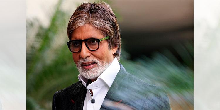 El actor indio Amitabh Bachchan hospitalizado por coronavirus