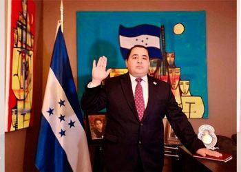 Luis Cordero juramentado como nuevo embajador de Honduras ante OEA