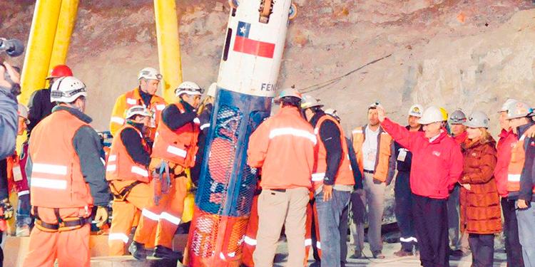 La lucha de los 33 mineros de Atacama por una indemnización