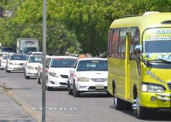 Más de 4 mil transportistas beneficiados con bono presidencial