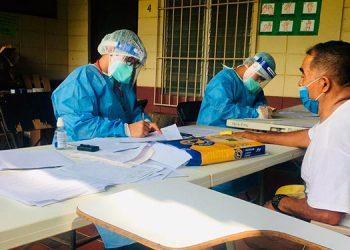 """El centro de triaje de """"La Colmena"""", en Choluteca, ya empezó a recibir pacientes sospechosos de COVID-19."""