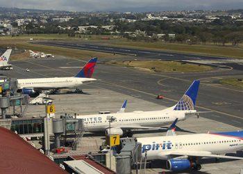 """Presidente de SAPP: concesiones aeroportuarias no se pueden """"dar de dedo"""""""