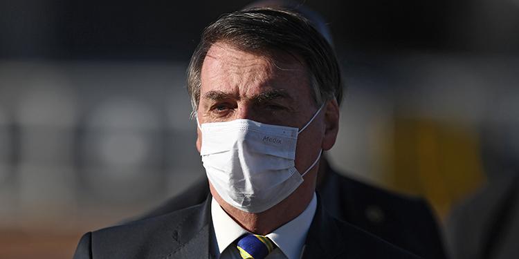 Bolsonaro veta el uso de máscara