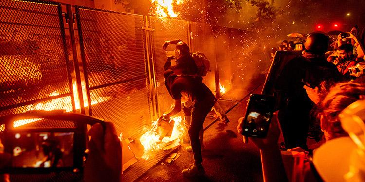 Protestas violentas en EE. UU